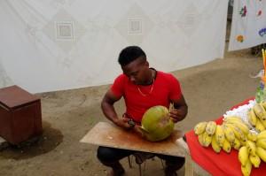 Le vendeur de Coco, un vrai pro au grand coeur